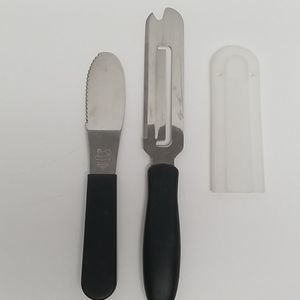 Pampered Chef utensils cheese knife spreader